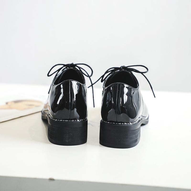 英伦风小皮鞋女加绒秋冬2019潮鞋网红百搭黑色休闲粗跟仙女风单鞋