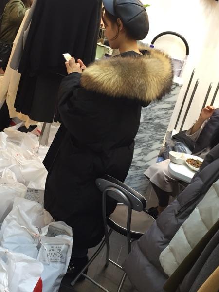 韩国代购 韩剧匹诺曹朴信惠同款超大超宽松茧型狐狸毛领羽绒服