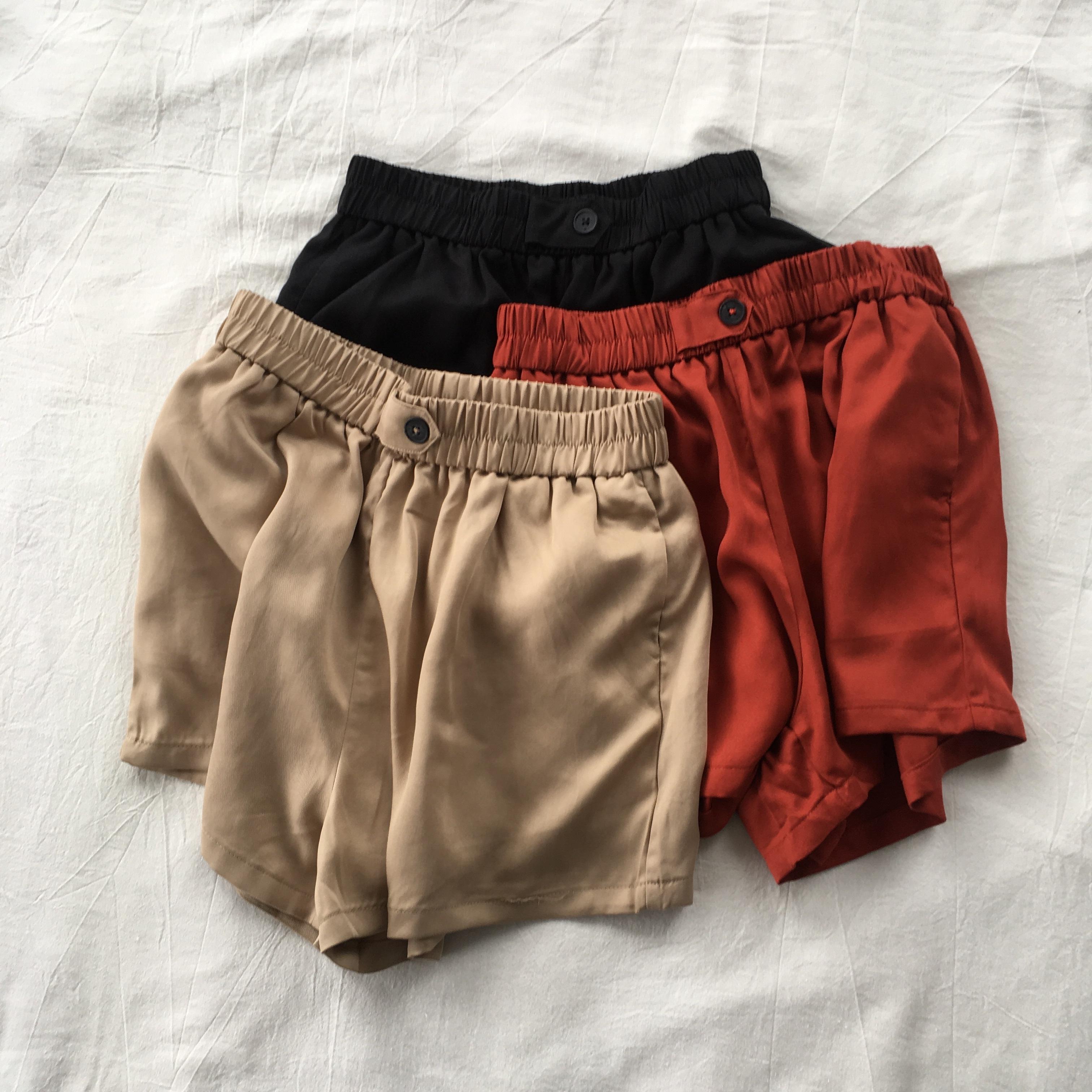 显腿长遮肉天丝短裤女 夏季口袋松紧腰垂感铜氨丝高腰阔腿裙裤潮热销0件限时秒杀