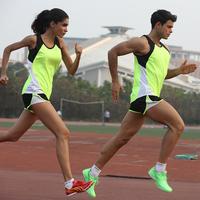 Лето поле путь костюм модельа мара свободный бег фитнес обучение одежда может печать количество тест тест движение наряд