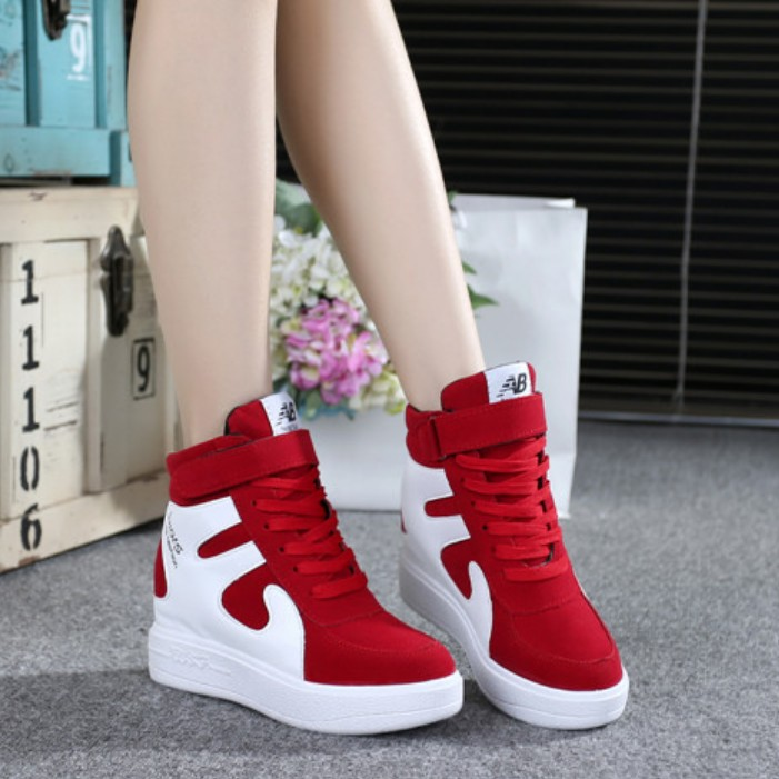 Autumn and winter Korean Plush high top shoes womens increased color matching casual sports shoes lace up Velcro breathable womens shoes