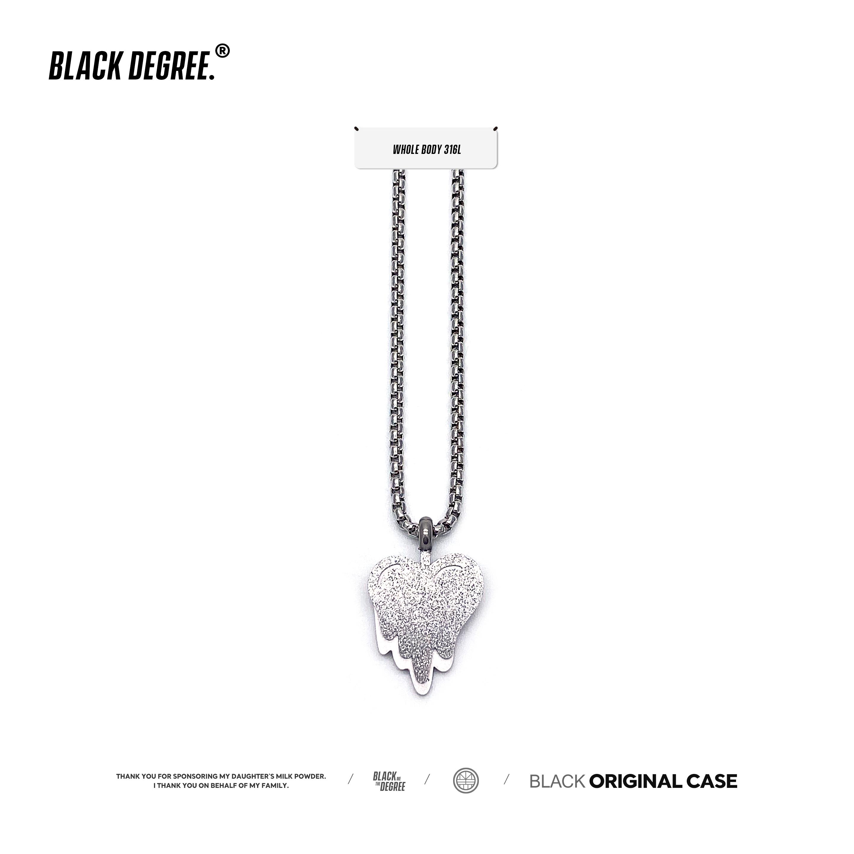 「BLACKDEGREE x 黑度」潮流嘻哈百搭溶解爱心钛钢男女士吊坠项链