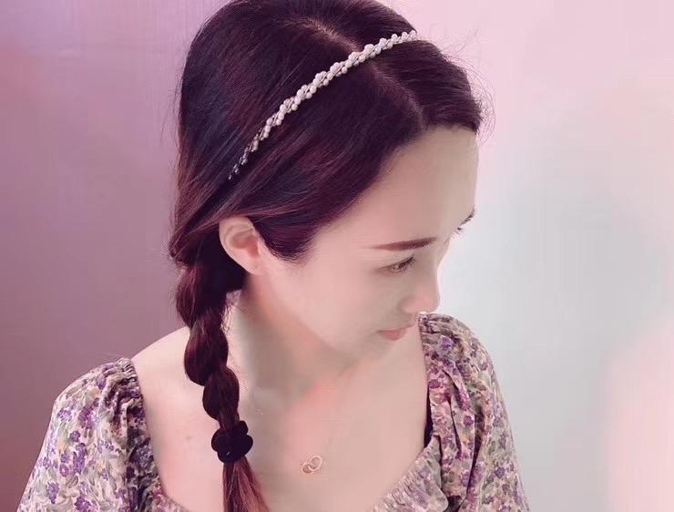 新商品の麻の花のカチューシャの14 kは金の白の金色の3 MMの小さい米の真珠を注ぎ込みます優雅でファッション的です。