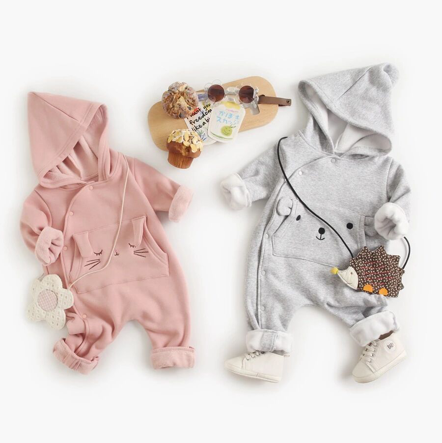 2020 new small embroidery animal pocket thin long sleeve Jumpsuit baby climbing suit ha Yi Long climbing home suit