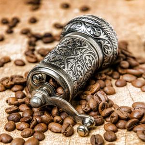 手动磨豆机土耳其进口紫铜家用复古手摇小型粉碎机汤圆馅料咖啡豆