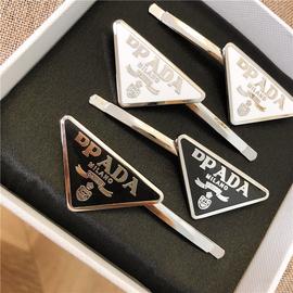 欧美时尚博主钟爱的金属字母边夹个性刘海后脑勺一字夹网红发夹潮