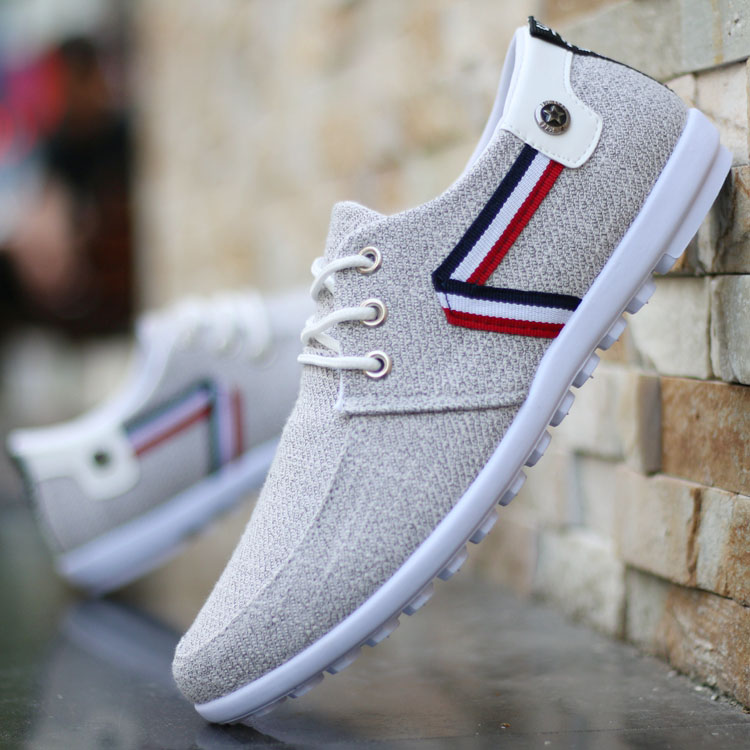 Spring mens light old Beijing cloth shoes mens breathable casual leather shoes mens youth canvas shoes soft soled sports shoes