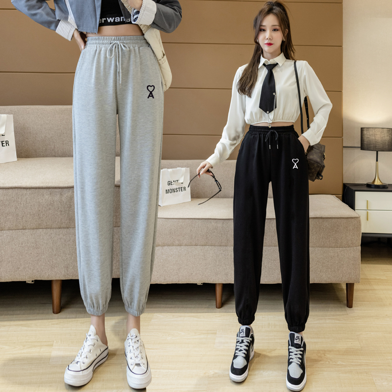 实拍 季新款灰色运动裤刺绣爱心卫裤休闲裤束口裤