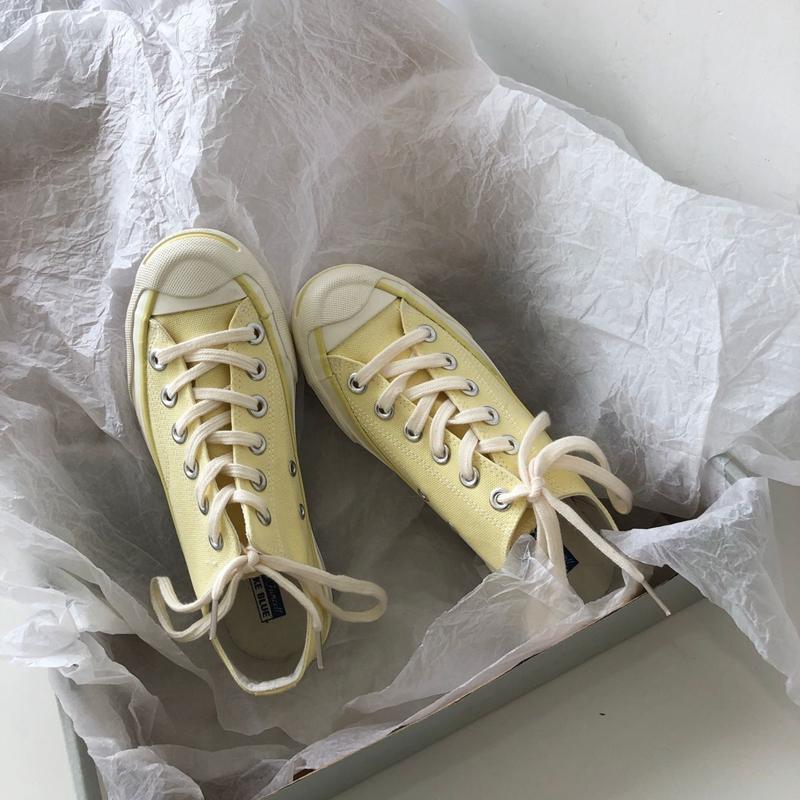 泡面小希~ 超美滴蛋黄色开口笑帆布鞋!怪味少女鞋子图片