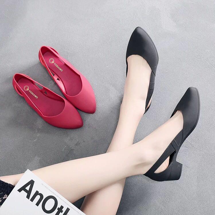 2019女韩春夏新款塑胶中跟粗跟尖头包头包跟时装防滑优雅凉鞋限3000张券
