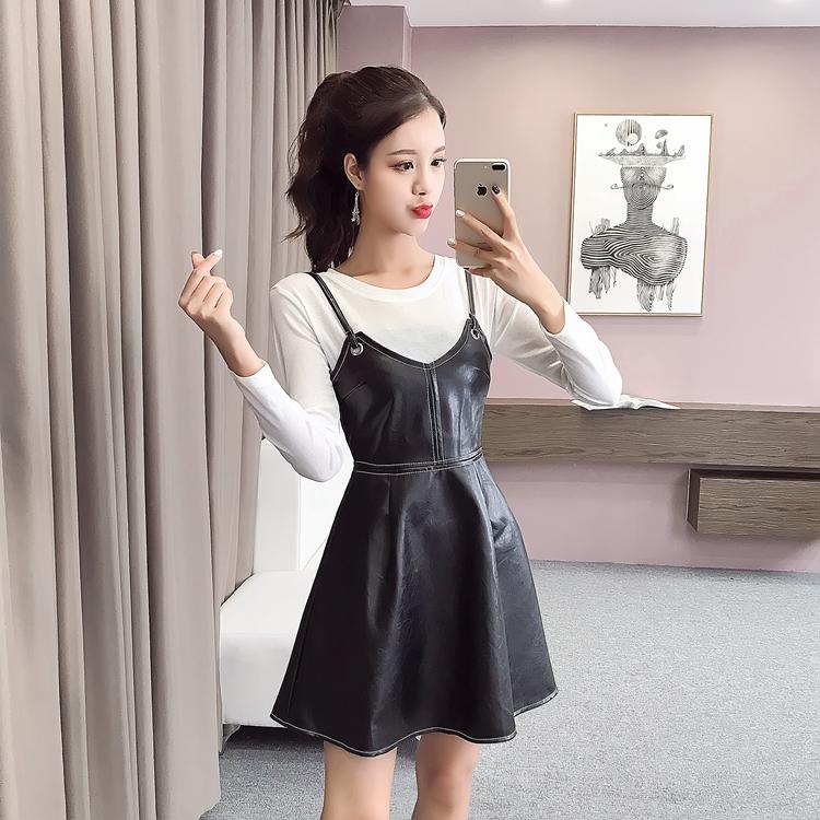 實拍時尚收腰顯瘦撞色線PU皮吊帶連衣裙+白色百搭針織上衣m