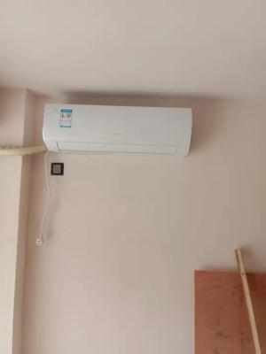 请问Gree/格力 KFR-35GW/NhBaD3 大1.5匹空调挂机冷暖型定速家用风采怎么样呢?好吗