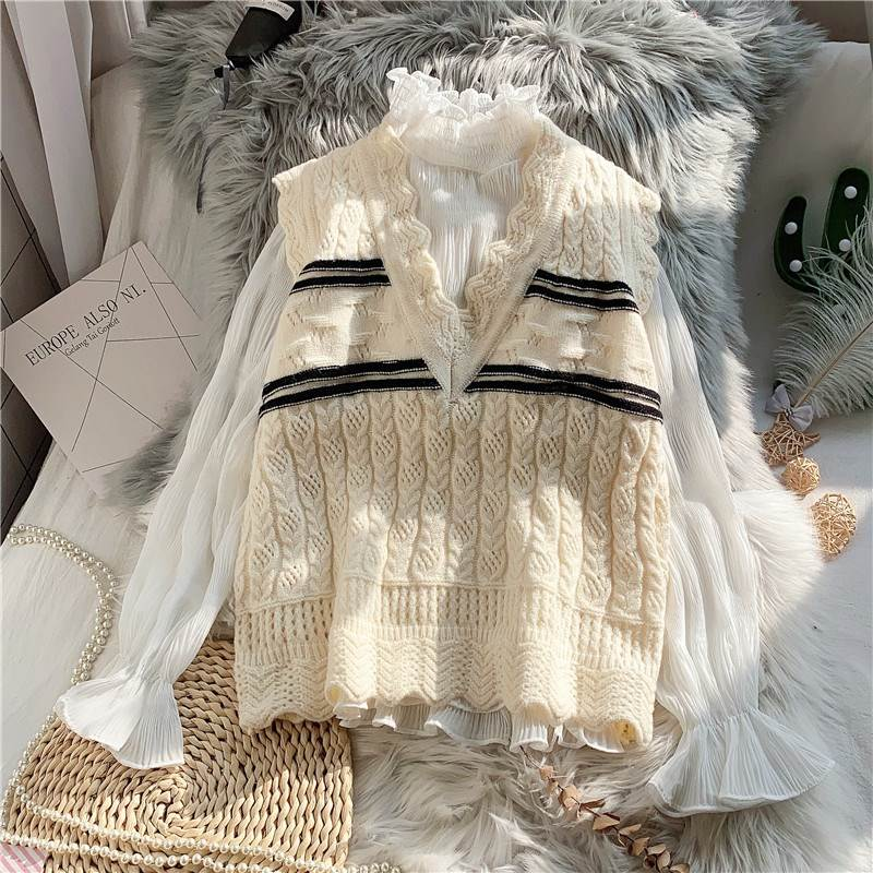 Knitted real two-piece vest womens 2020 new spring dress Korean loose sweater vest lace V-neck outerwear top
