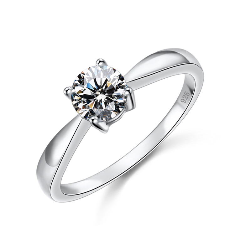 Girls love classic four claws, eight hearts and eight arrows cutting zircon proposal Engagement Wedding Ring