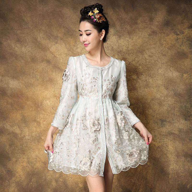 2015 году весной и летом платье Вышитые женщин осень новые вышивки пряжи в корейской версии Европы Ветер платье пальто пальто