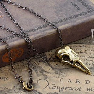 Sweater chain necklace pendant non mainstream punk PUNK M mysterious Bird Skull Pendant Necklace retro