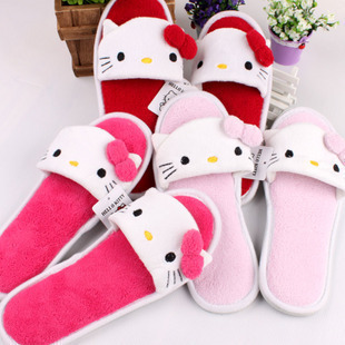 hello kitty cute cartoon slippers easily bear creative Korean exports mitts home slippers couple models