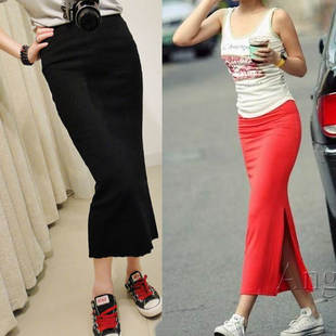 Autumn and winter female models Slim thin cotton knit Korean version of WHR received word A half length skirt split step skirt