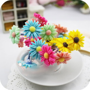 Children s hair accessories Korean version of the cute little daisy chrysanthemum flowers hair circle hair on the rope rope rubber band headed subsection
