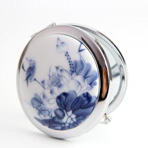 青歌民族风饰品 折叠式镜子 便携带 陶瓷化妆镜 荷花绽放
