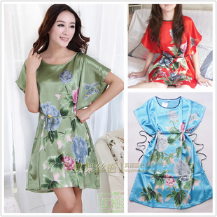 Cheap Wholesale super good quality Atmospheric lotus Ms bat short sleeve silk nightgown small gowns bathrobes