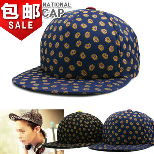Quan Zhilong same paragraph printed flat along the cap baseball cap influx of men and women hip hop cap flat brimmed hat lovers