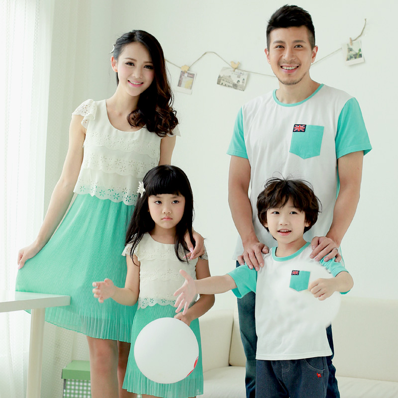 Родительский картриджа летом пляж весело три моды мать и дочь платья с белые кружева шитье новой 2015