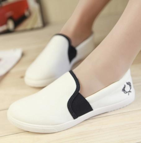 Spring and summer new Li Xiaoli flat shoes Korean fashion womens casual canvas shoes flat comfortable shoes lazy womens shoes