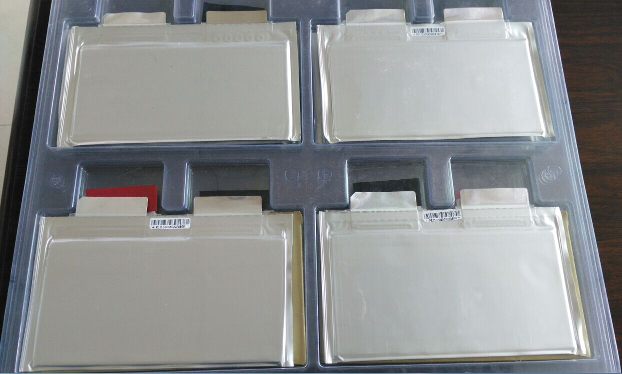Корея производит Литий титанатный батареи жизни 30000 2.4V10AH низкой температуре долгой жизни 1500