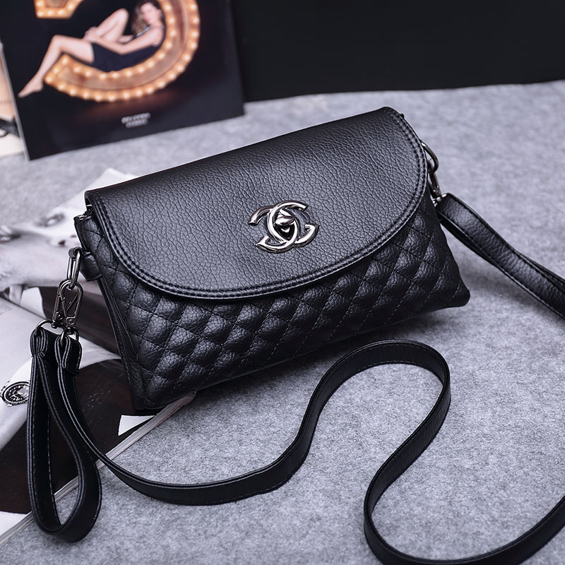 In summer, middle-aged and elderly people cross small bags, soft leather bags, fashion middle-aged women hang bags, mother bags, mobile phone bags and vegetables