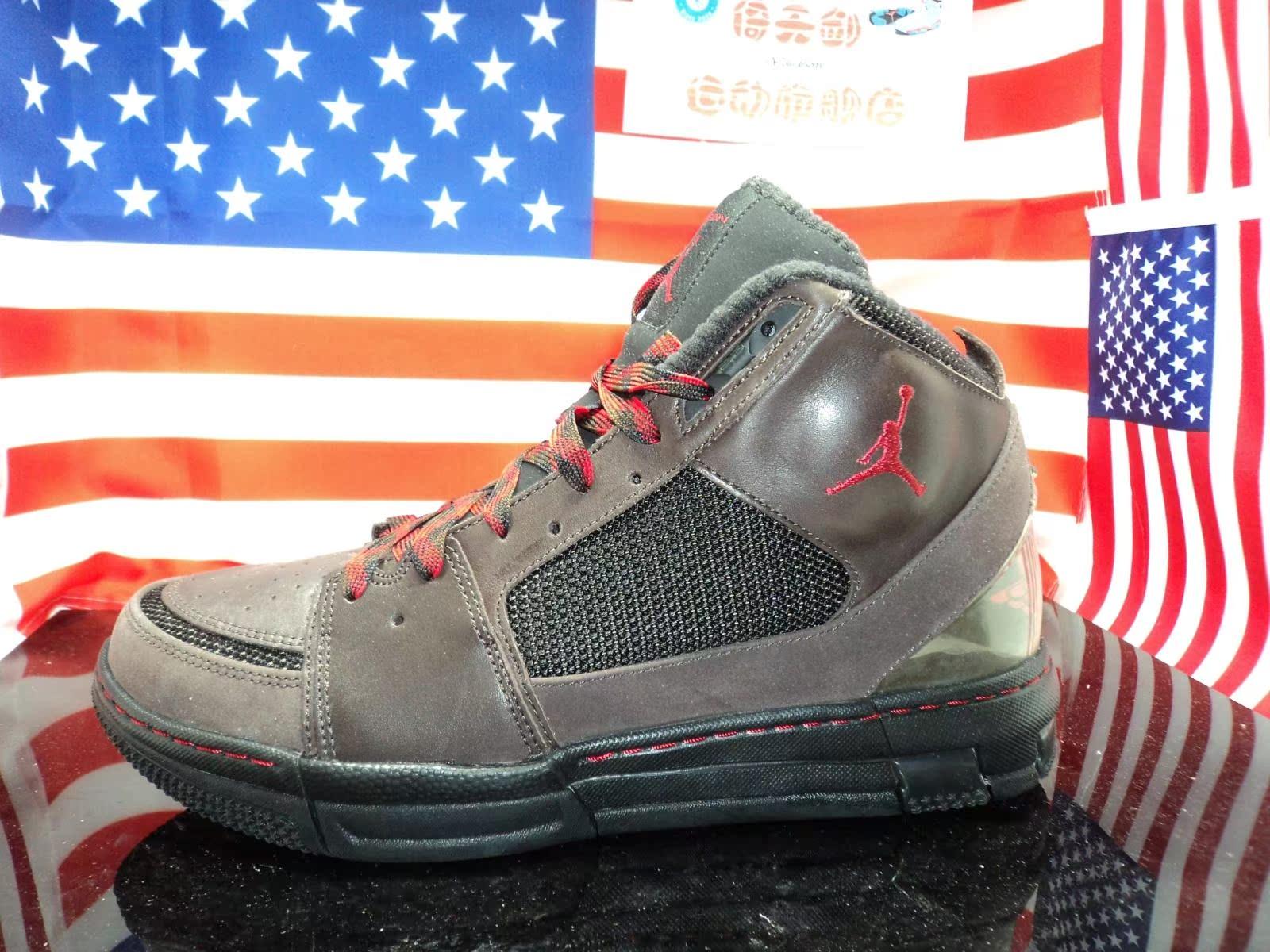 美��公司� Jordan OL`School II 黑�t稀有�^版�{球鞋 332221-261