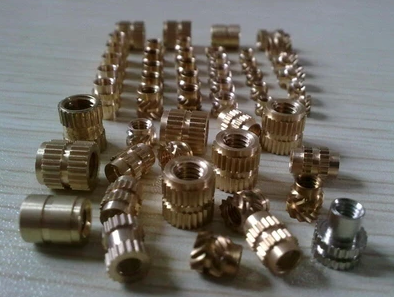 Injection molding machine copper nut processing insert nut knurled copper stud mesh screw copper nut nickel plating treatment