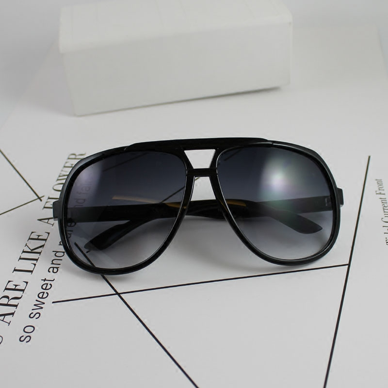 Big frame sunglasses polarizing sunglasses driving mirrors big face retro glasses for men and women toads glasses gradients eyes