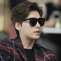 gm墨镜男潮明星款太阳镜女士2019新款韩国复古大框圆脸眼睛司机镜