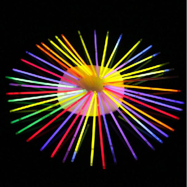 晚会新年用品 发光棒 演唱会 发光棒闪光棒 电子荧光棒