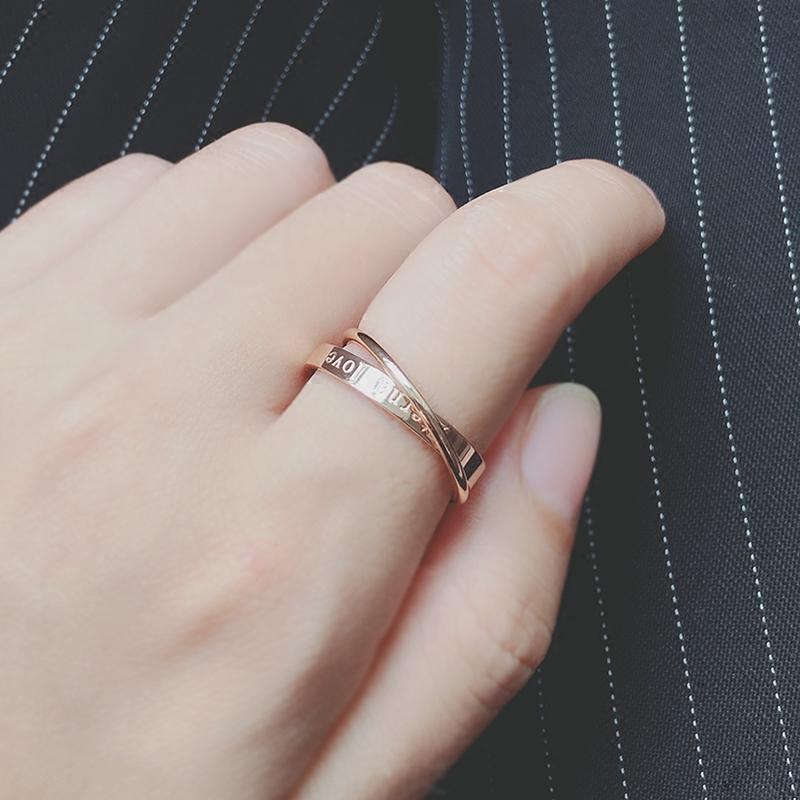 雙環相扣交叉戒指簡約鈦鋼鍍18K玫瑰金久保色食指環戒子J013