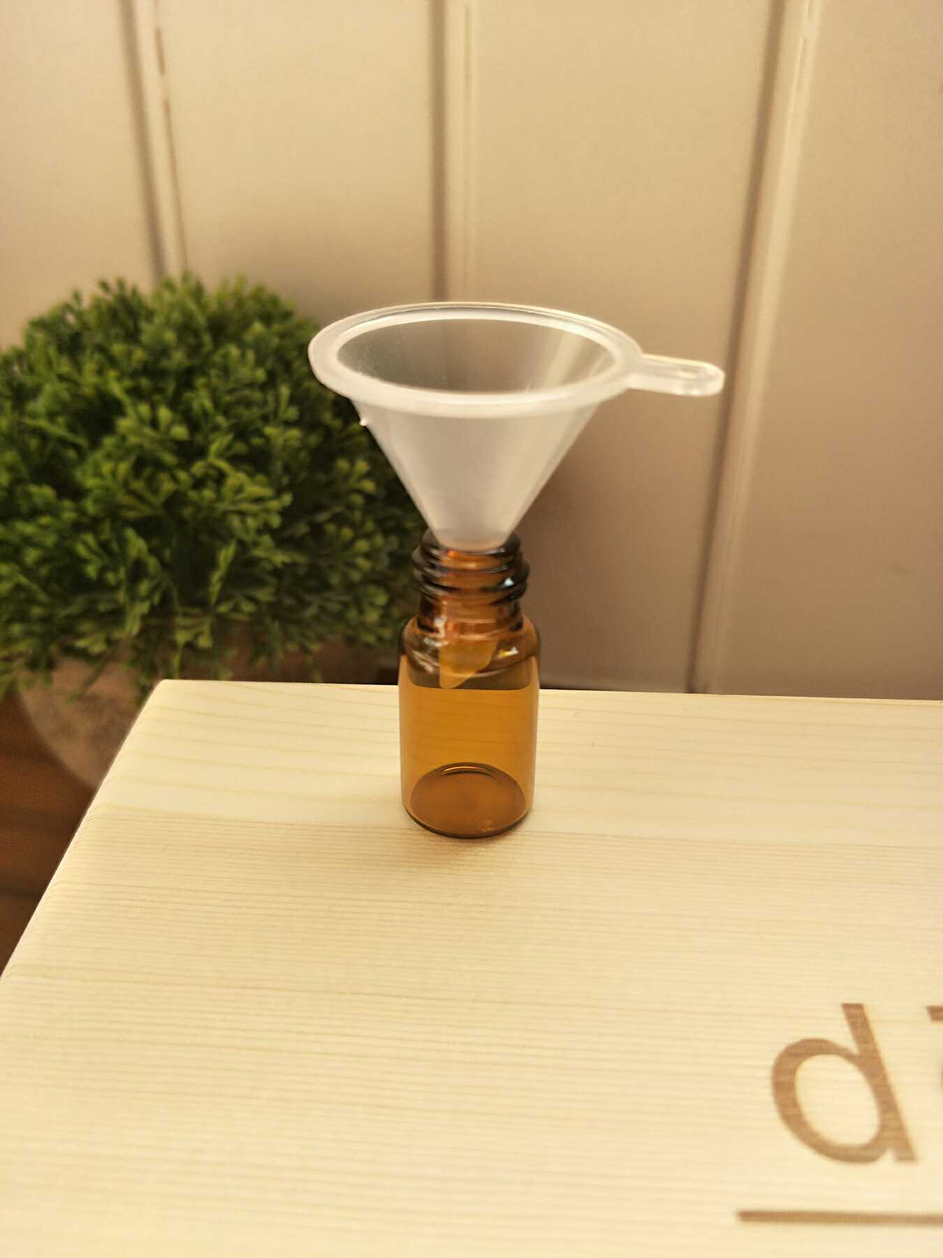 Dotray Essential Oil Малая воронка Отдельный ароматизатор для жидкого эфира для парфюмерии