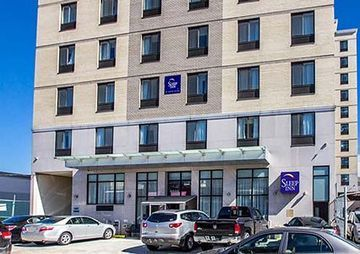 (Howard Johnson Inn Long Island City / NYC Area)