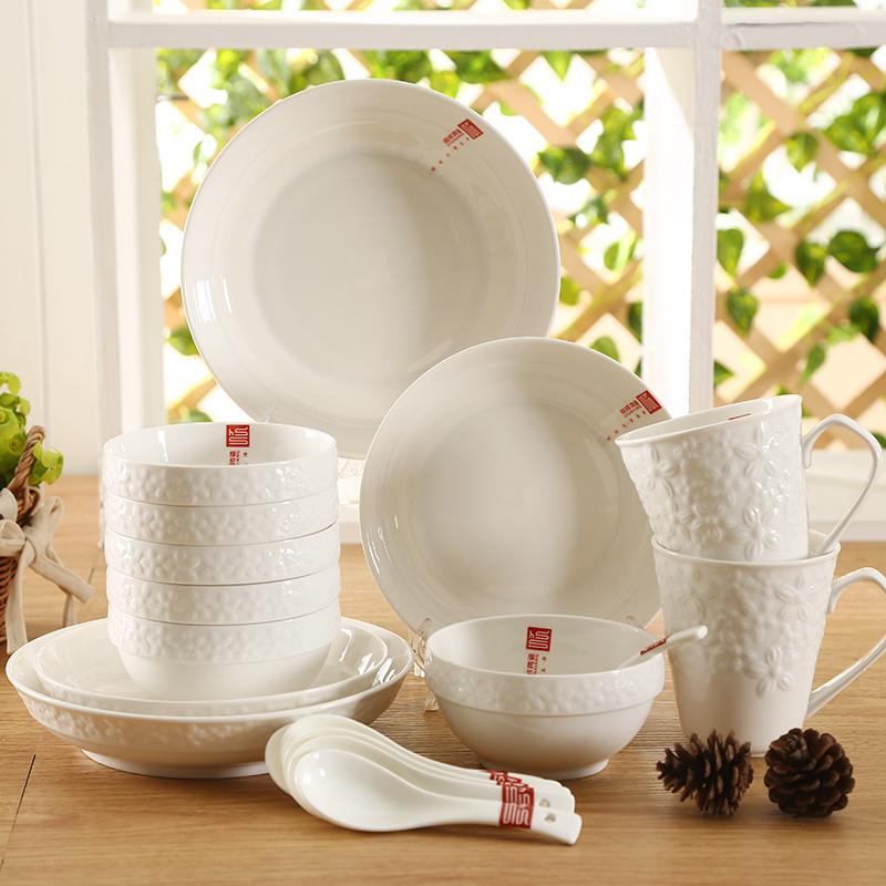~天貓超市~順祥歐式純白浮雕18頭餐具陶瓷碗盤子套裝大包裝餐具