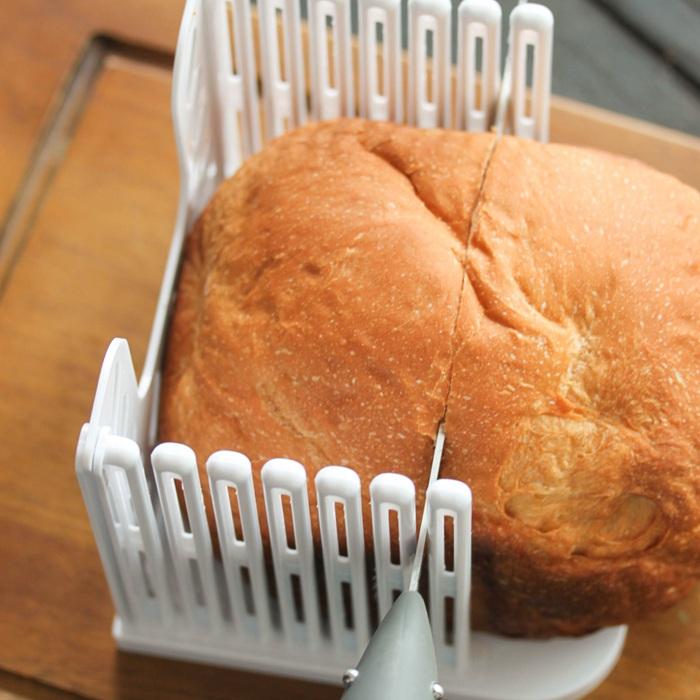 特价烘焙工具面包分片器吐司分割器家用面包机切片土司切片辅助器