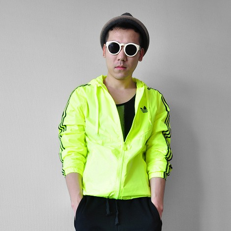 Spring and autumn fast dry tide mens and womens hooded sun suit fluorescent yellow Outdoor Jacket loose sports sun jacket thin coat