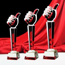 水晶奖杯定制定做足球篮球羽毛球冠军比赛纹绣奖杯学生杯刻字制作图片
