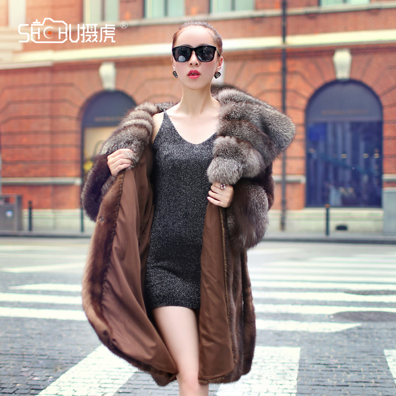 Taobao photography winter clothing popular shooting products clothing model shopkeeper wind selfie womens clothing online shooting service