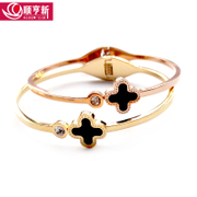 Titanium steel four-leaf clover bracelet girl Korean version 18K rose gold Bangle Bracelet fashion jewelry accessory lovers gifts