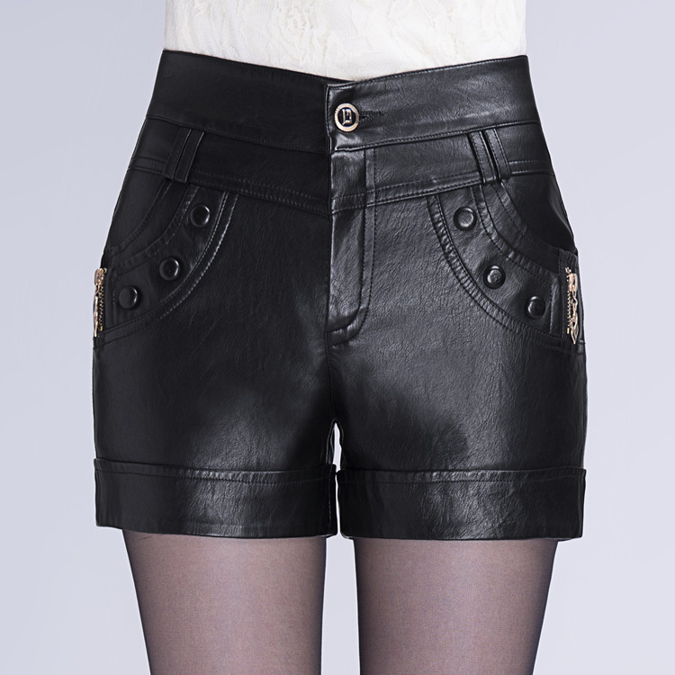 New autumn / winter 2019 new leather shorts womens Korean large size slim casual leather pants wear high waisted PU leather boots