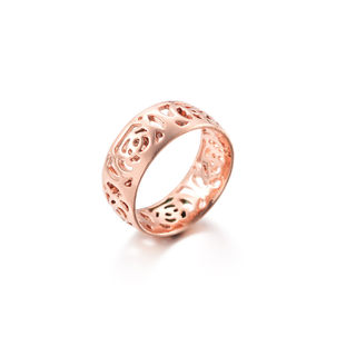 Love Korean version of the female temperament petal ring rose gold-plated quality ring of roses fashion jewelry gift pack mail
