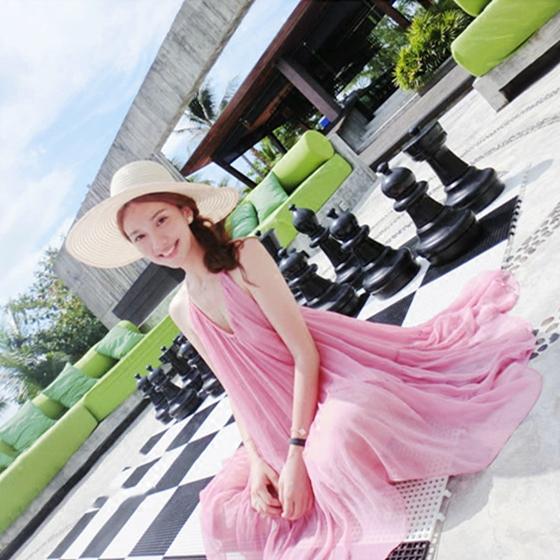 马尔代夫海边度假风2021夏季新款 超仙粉色吊带连衣裙性感沙滩裙