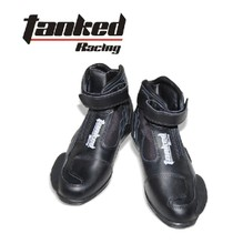 Package mail Germany Tankedracing cross-country motorcycle racing knight T75090 knight short boots boots highway