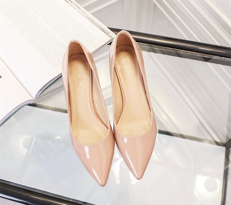 3cm nude pointed high heeled shoes light patent leather shallow mouth low heeled womens single shoes thin heeled small womens shoes 31 32 33