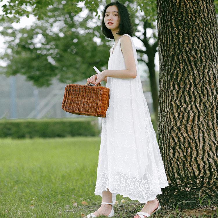 限时秒杀韩国孕妇刺绣蕾丝连衣裙雪纺裙子